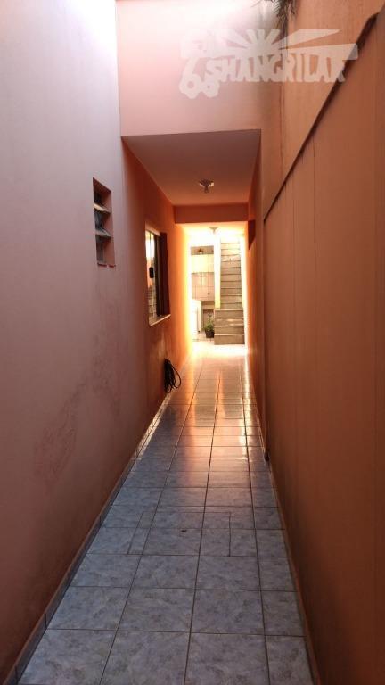 descriçãolindo sobrado com 214 metros quadrados, com três dormitórios (um com varanda), (suítes), , sala ,...