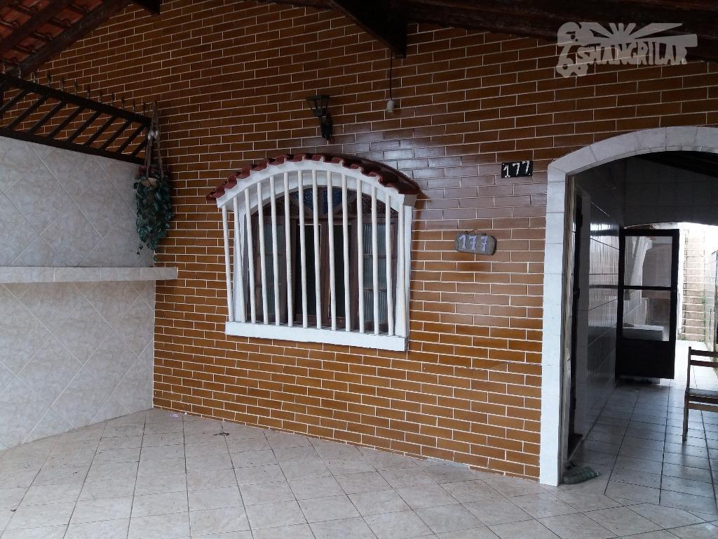 casa vaga, excelente localização, a 100 metros da praia, altura do número 7.000 da avenida presidente...