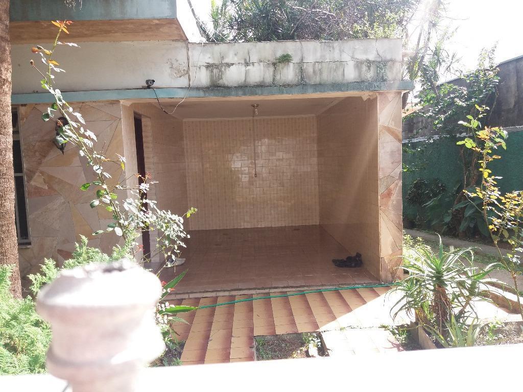 casa antiga necessitando de reforma, ótima localização, rua do posto de saúde, vila nogueira, diadema. área...