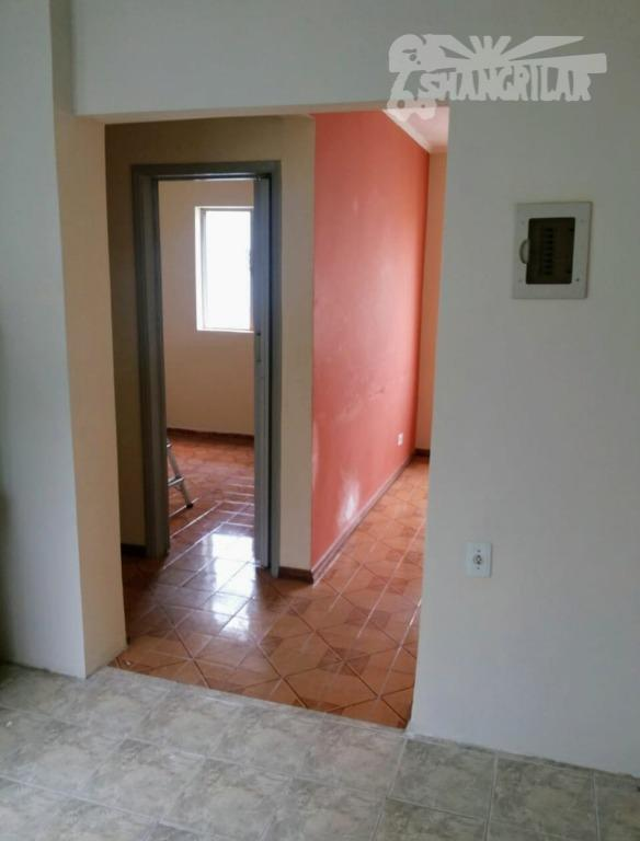 apartamento c/ótima localização. conjunto habitacional rudge ramos, avenida senador vergueiro, próximo aos 3 postos. área útil...