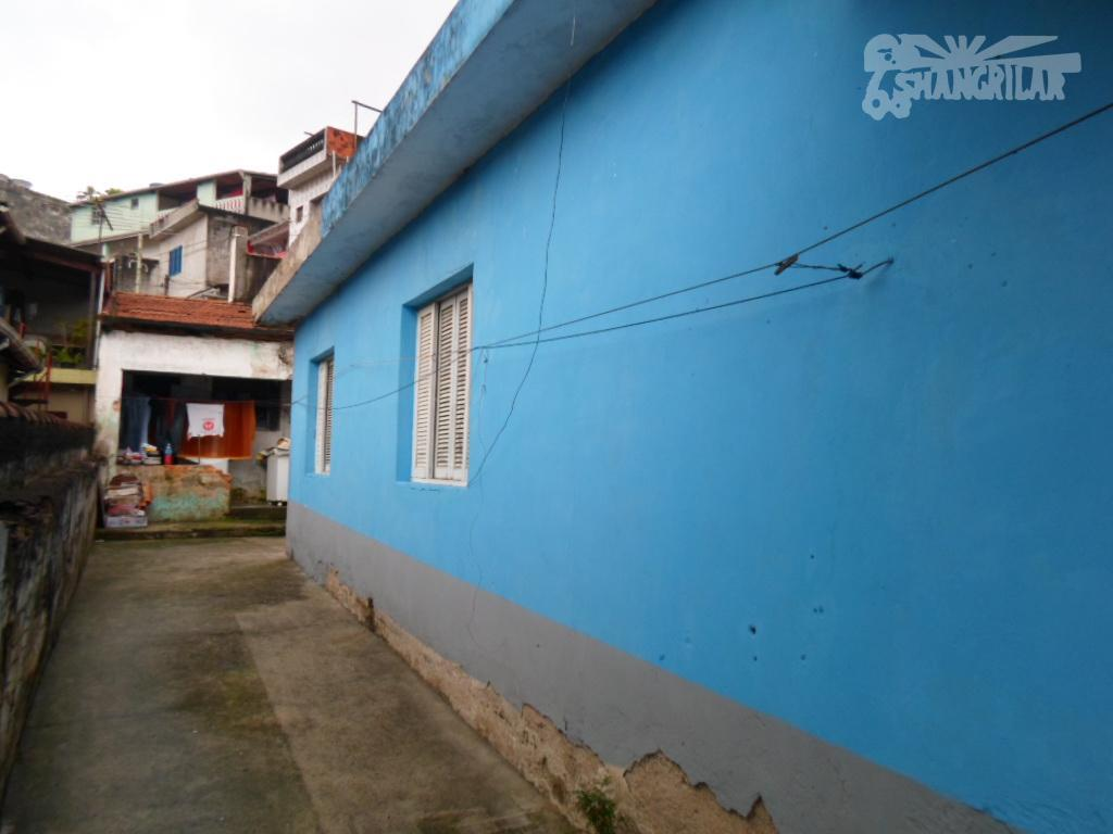 """casa antiga no planalto, são bernardo do campo. terreno com 234m², 9x26. ideal para construção.""""boa localização"""""""