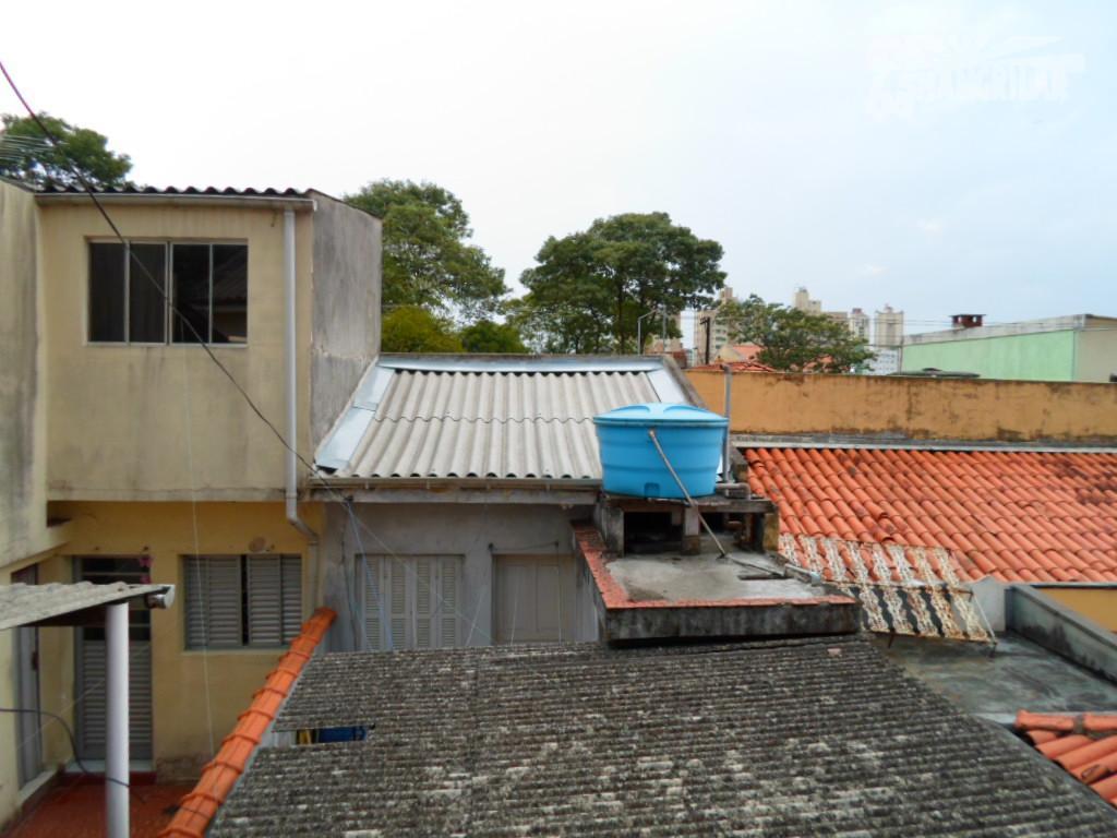 sobrado necessitando de manutenção, próximo ao colégio jean piaget e condomínio de casas de alto padrão...