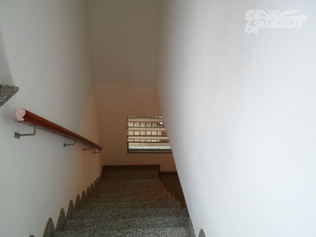 sobrado centro de diadema. terreno 225 m² 10 x 22,5 - 198 m² de área construída,...