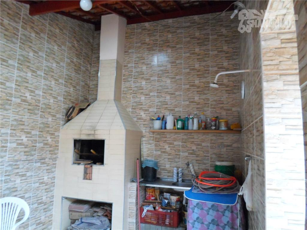 casa mobilhada na praia grande (mirim). 2 dormitórios c/ armários, 1 suíte, 1 banheiro social, sala...