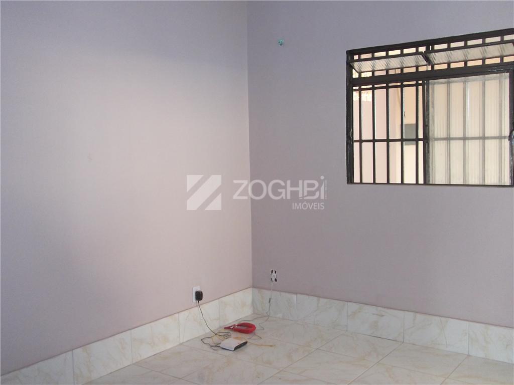 casa recém-reformada com 97 m² de área construída com um terreno de 450m² . a casa...