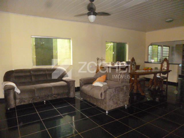 Casa e salão para festa com playground para locação, Igarapé, Porto Velho.
