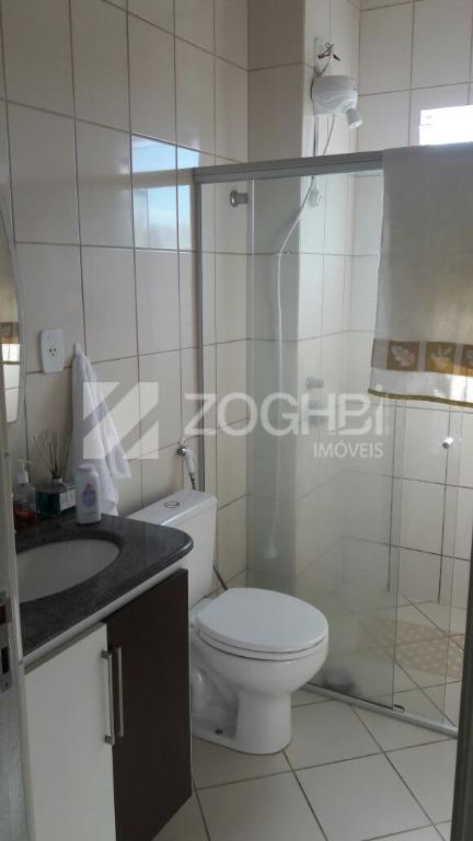 excelente imóvel 02 quartos, wc social, sala ampla para 02 ambientes, cozinha ampla, área de serviço...