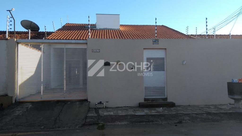 excelente casa com 4 dormitórios, sendo 1 suíte, sala para 2 ambientes, cozinha, área de serviços,...