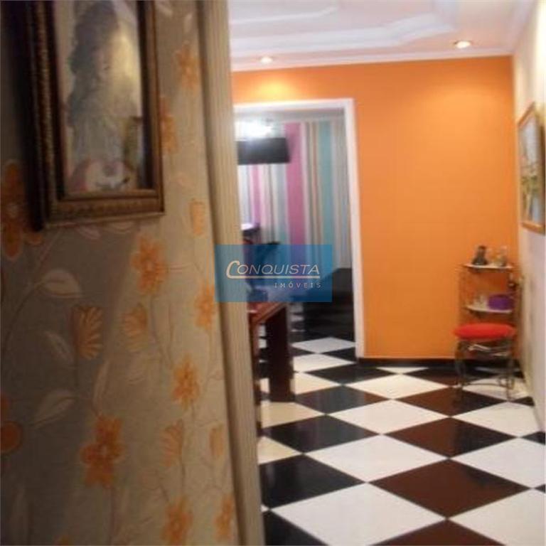 casa terrea vila rosa, pode ser residencial ou comercial.2 dormitórios, 03 vagas de garagem, sala, cozinha...