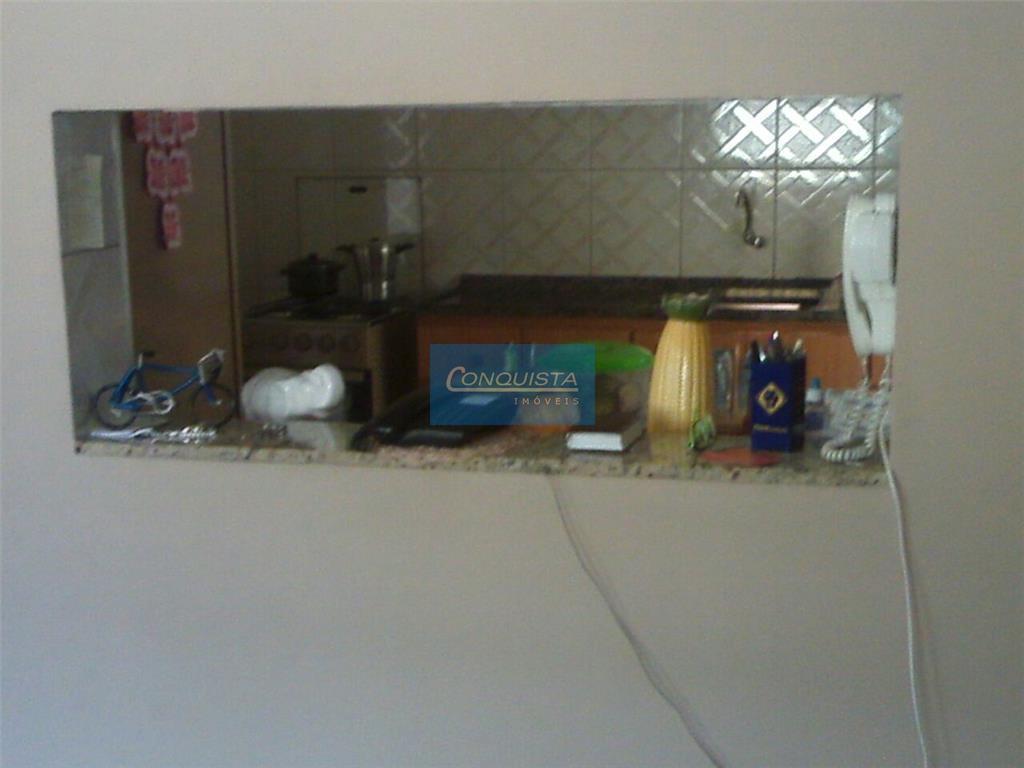excelente casa terreá no jd vera cruz s.b.campo; 2 dormitórios, 2 lavado, lavanderia coberta, cozinha, quintal,...
