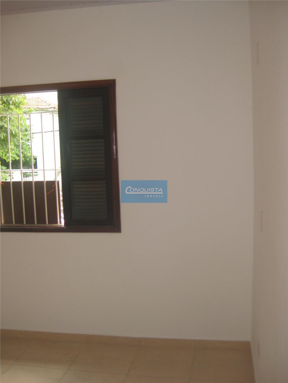 casa parque jaçatuba santo andré, sala, cozinha, 2 dormitórios, 1 banheiro, quintal,  1 vaga descoberta.