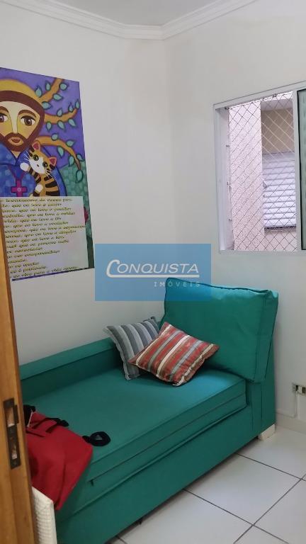 cobertura utinga santo andre, 2 dormitórios, sendo 1 suite, 2 banheiros, sala com 2 ambientes, armários...