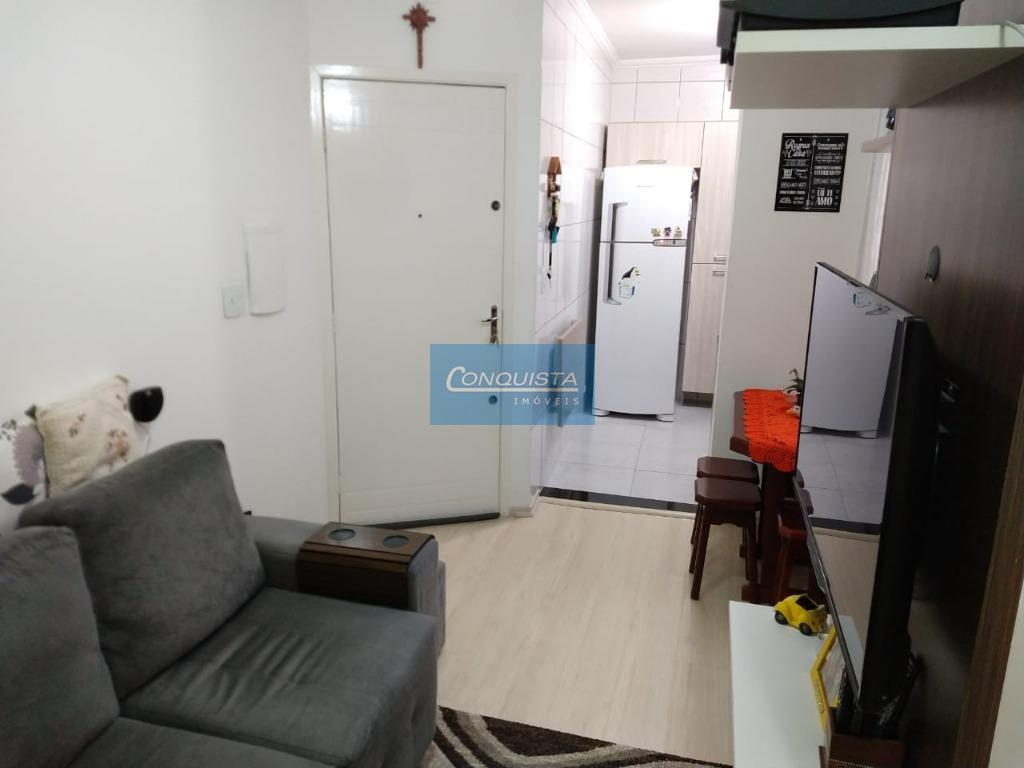 Apartamento com 2 dormitórios à venda, 37 m² por R$ 250.000 - Vila Valparaíso - Santo André/SP