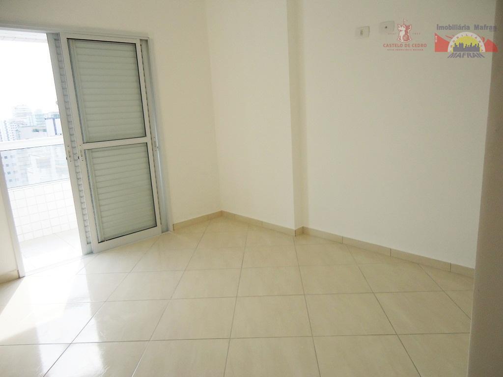 Apartamento residencial à venda, Vila Guilhermina, Praia Grande - AP0148.