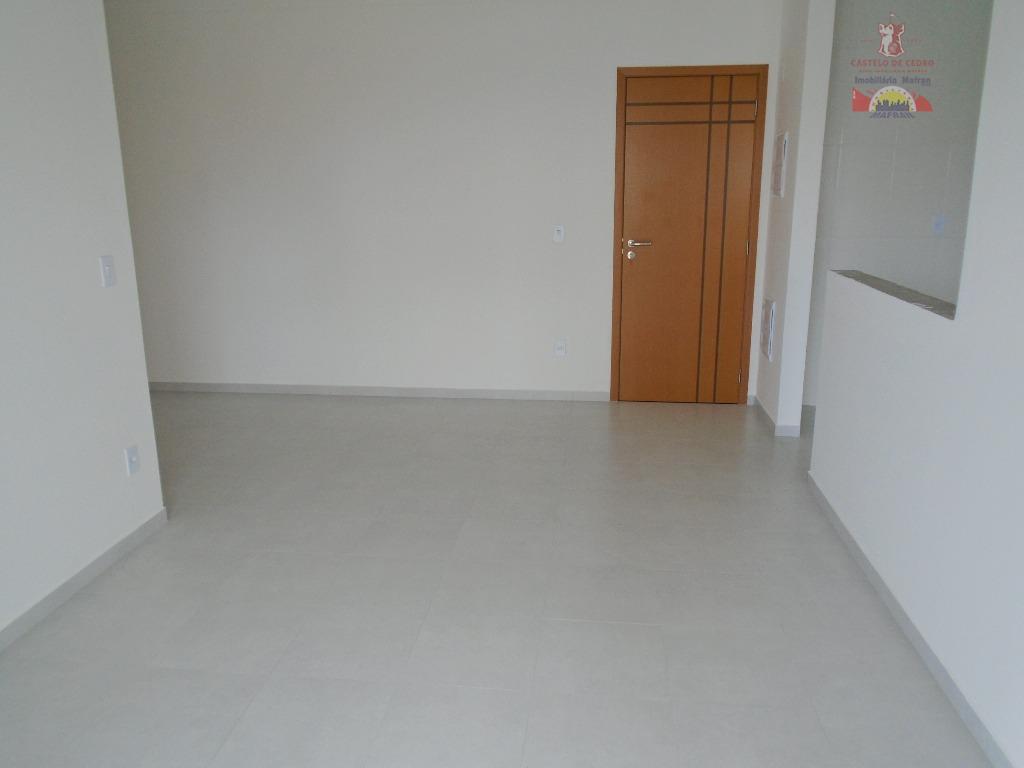 Apartamento residencial à venda, Vila Guilhermina, Praia Grande - AP0533.