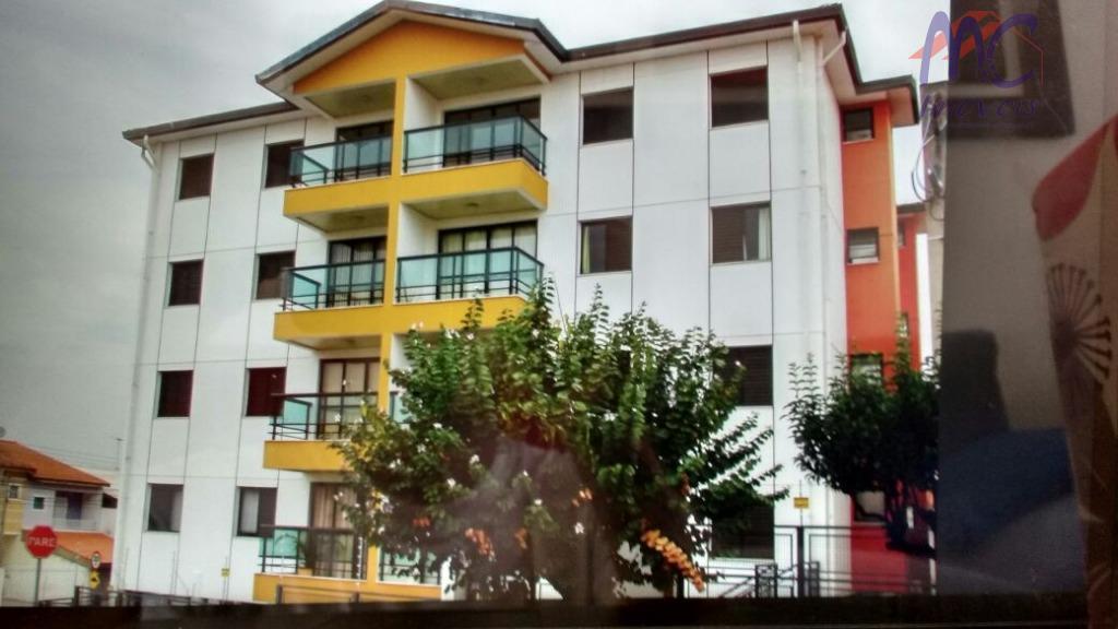 Apartamento residencial para locação, Jardim Leocádia, Sorocaba.