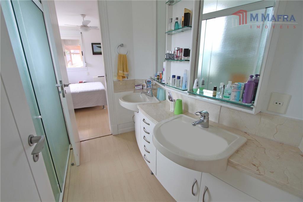 Banheiro demi suíte