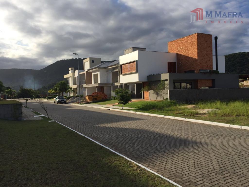 rua interna/terreno
