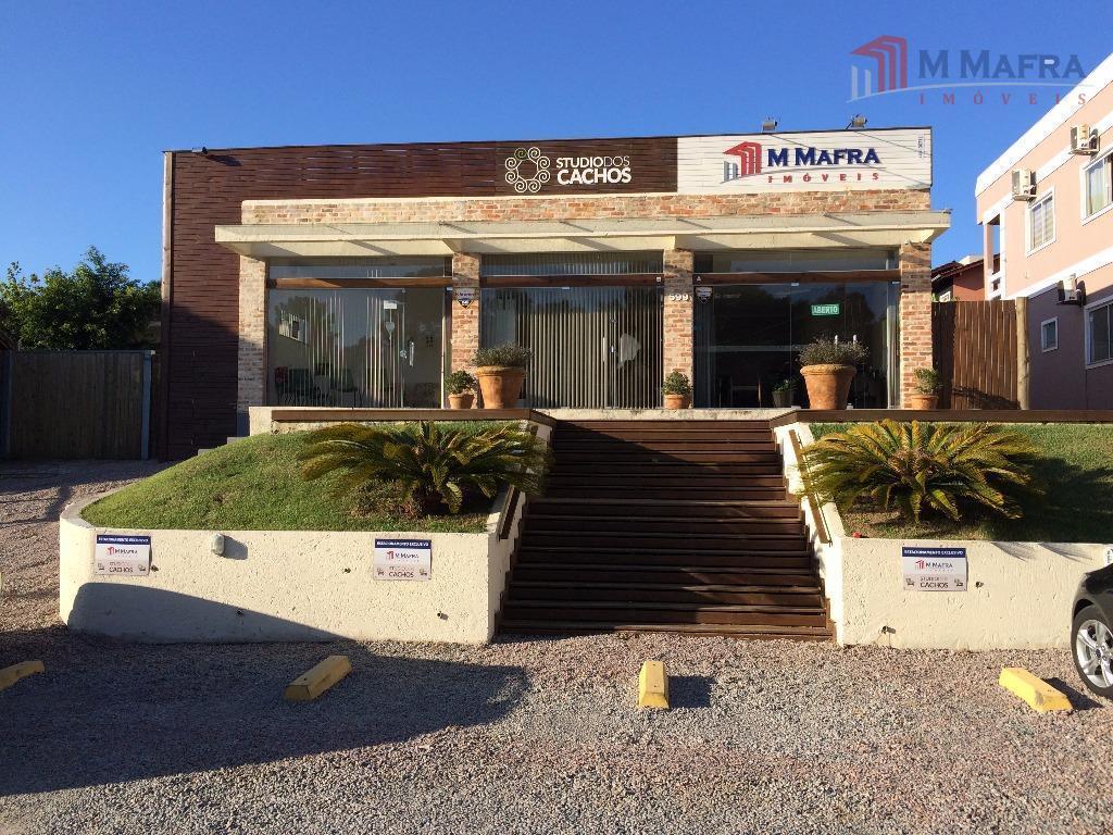 localizada na av. pequeno príncipe, principal avenida do bairro campeche.loja com 55m² banheiro e uma copa...