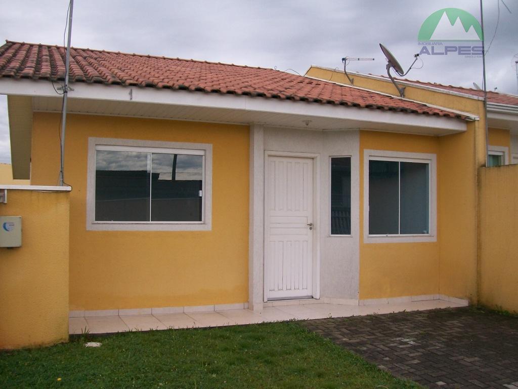 Òtima Casa com 3 dorms em São José dos Pinhais, sendo 65m² de área construída