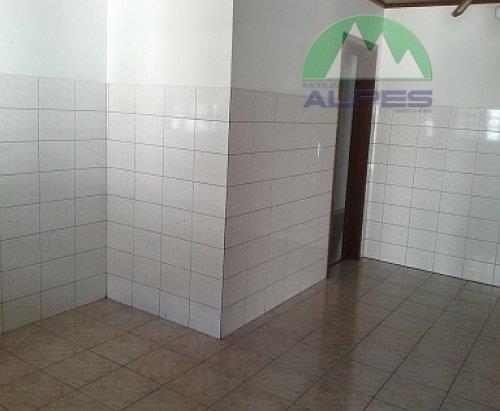 excelente casa com 180 m², contendo 03 quartos, sala, cozinha, despensa, churrasqueira , bwc social com...