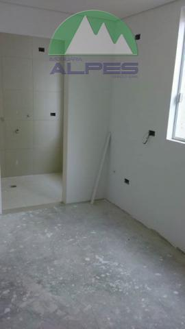 são apenas 6 apartamento no condomínio, sendo uma ampla sala com sacada, opções de apartamentos com...