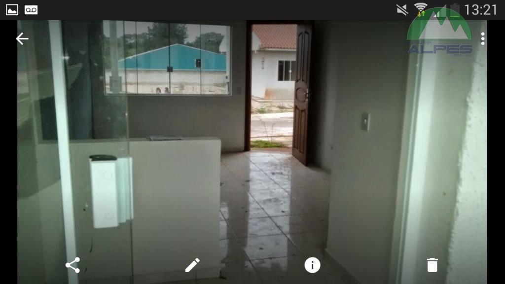 ótima casa com 2 dormitórios , sala cozinha, banheiro e vagas de garagem mais informações ligue...