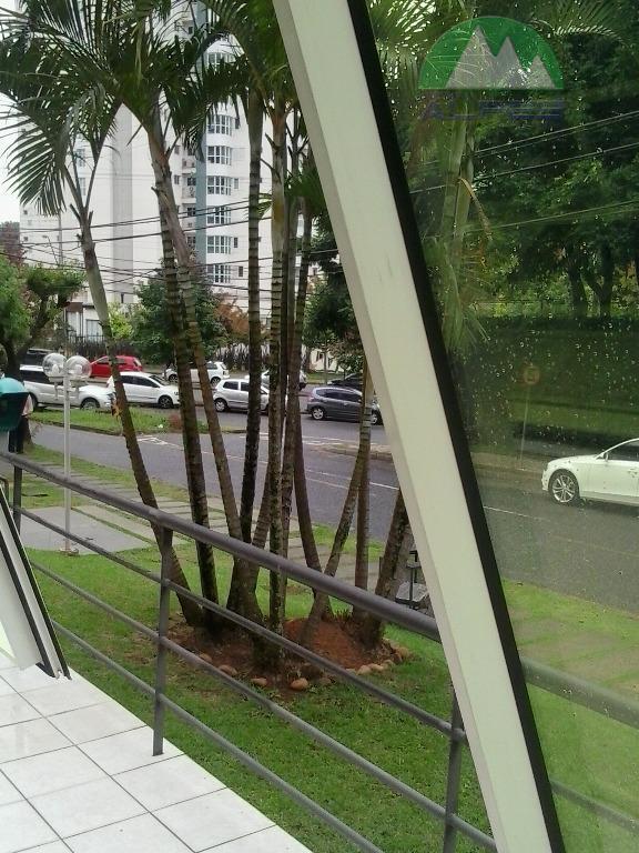 Excelente ponto comercial, piso terreo, Mossunguê, Curitiba.