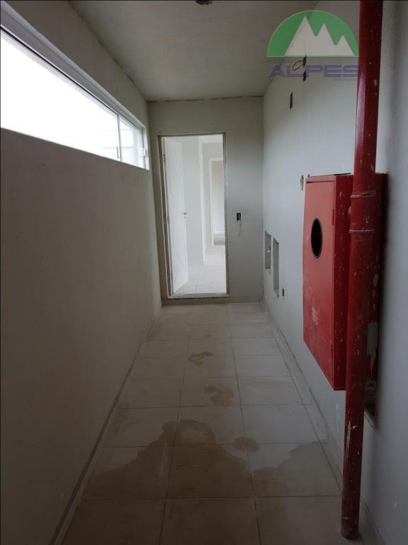 excelentes apartamentos novos, localizados no bairro alto boqueirão.sendo 02 quartos, sala de estar e jantar (piso...