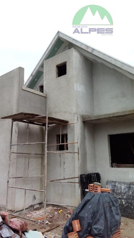 Casa com 3 dormitórios à venda, 82 m² por R$ 279.000