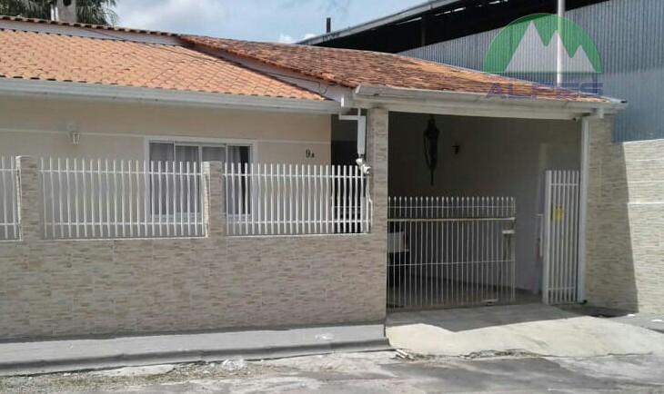 Casa no Boqueirão. Aceita permuta