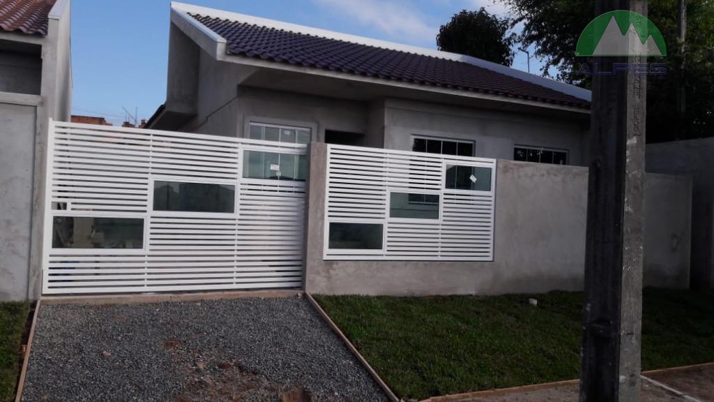excelente casa frente pra rua com 3 quartos, cozinha, sala, garagem com bom espaço podendo conter...