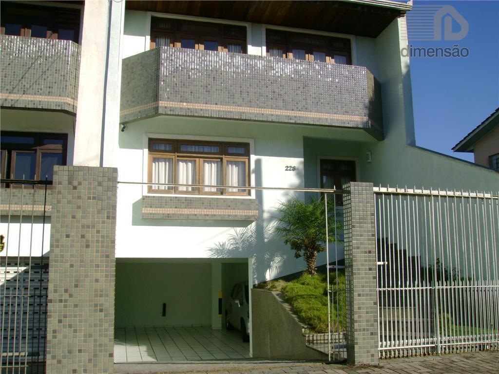 Sobrado residencial à venda, Cristo Rei, Curitiba.