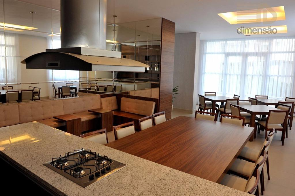 condomínio the squareexcelente apartamento 3 suítes, sala ampla para 2 ambientes,sacada gourmet com churrasqueira carvão,lavabo,cozinha,dependência de...