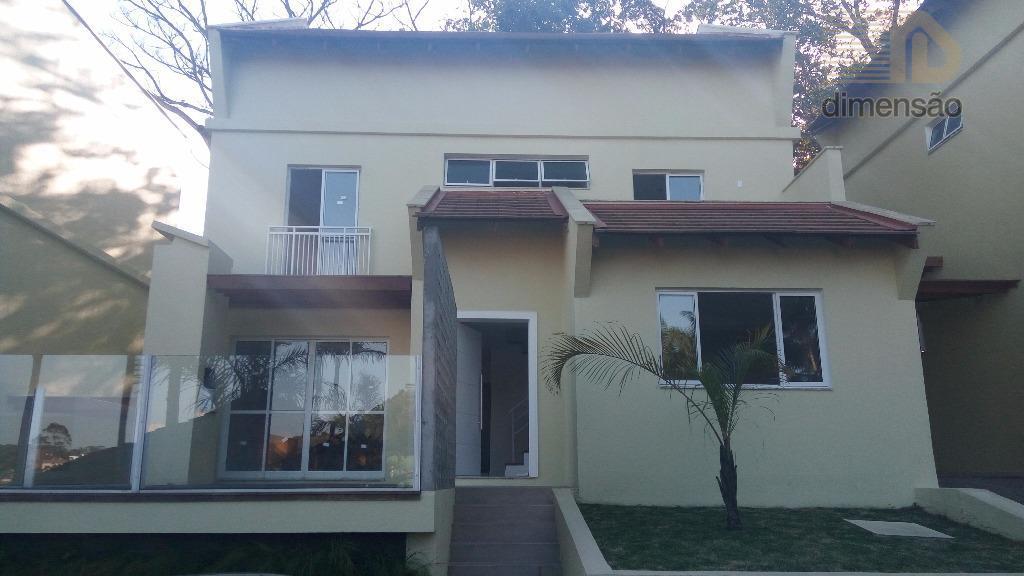 Sobrado residencial à venda, Anita Garibaldi, Joinville.