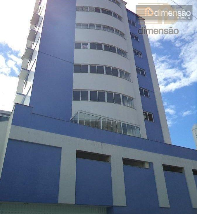 Apartamento venda e locação, 3 suítes e 2 vagas, Balneário Camboriú.