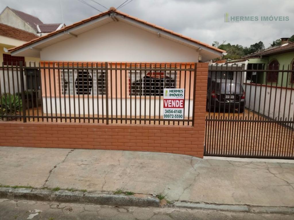 Casa em rua sem saída livre de enchentes com 03 dormitórios