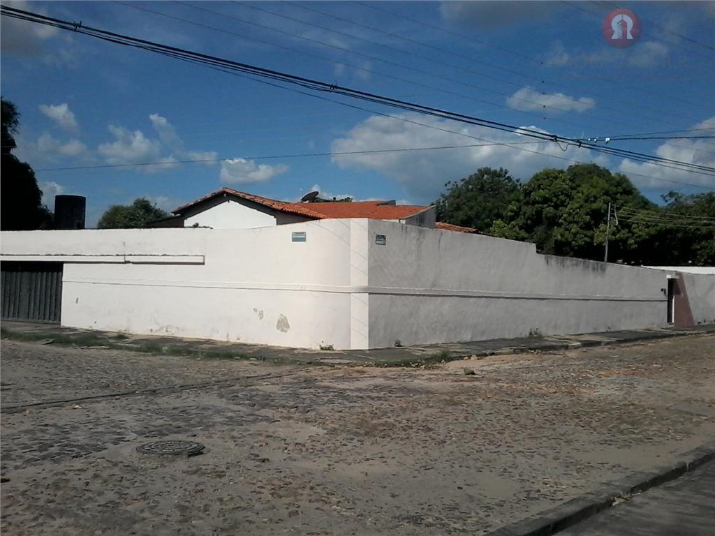 Casa residencial à venda, Fátima, Teresina.