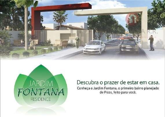 Casa residencial à venda, Centro, Picos.