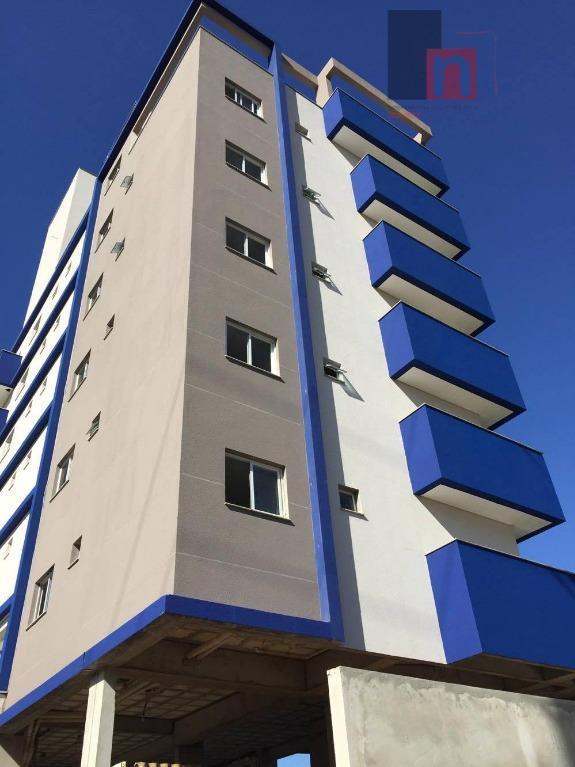 Cobertura residencial à venda, Saguaçu, Joinville.