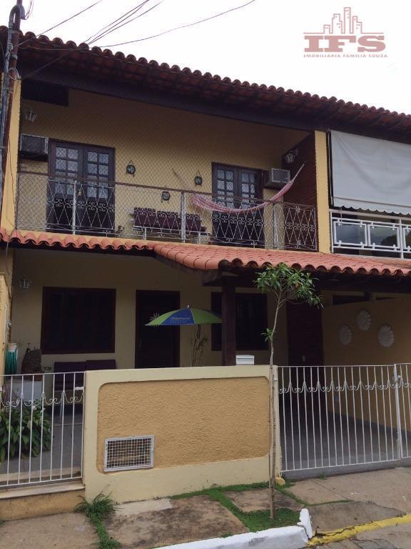 Sobrado residencial à venda, Coroados, São Fidélis.