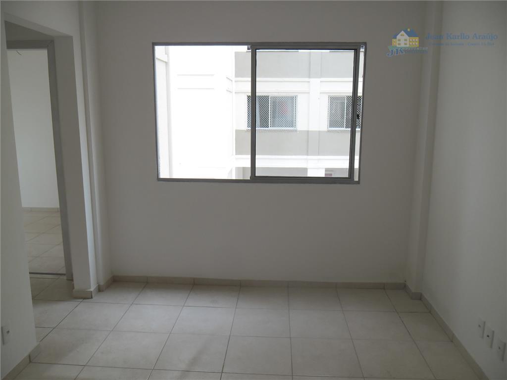 Apartamento  residencial à venda, Distrito Industrial, Sete Lagoas.