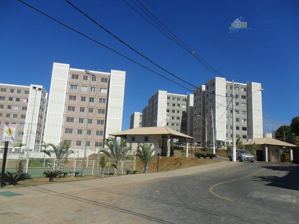 Apartamento  residencial para locação, Vale das Palmeiras, Sete Lagoas.