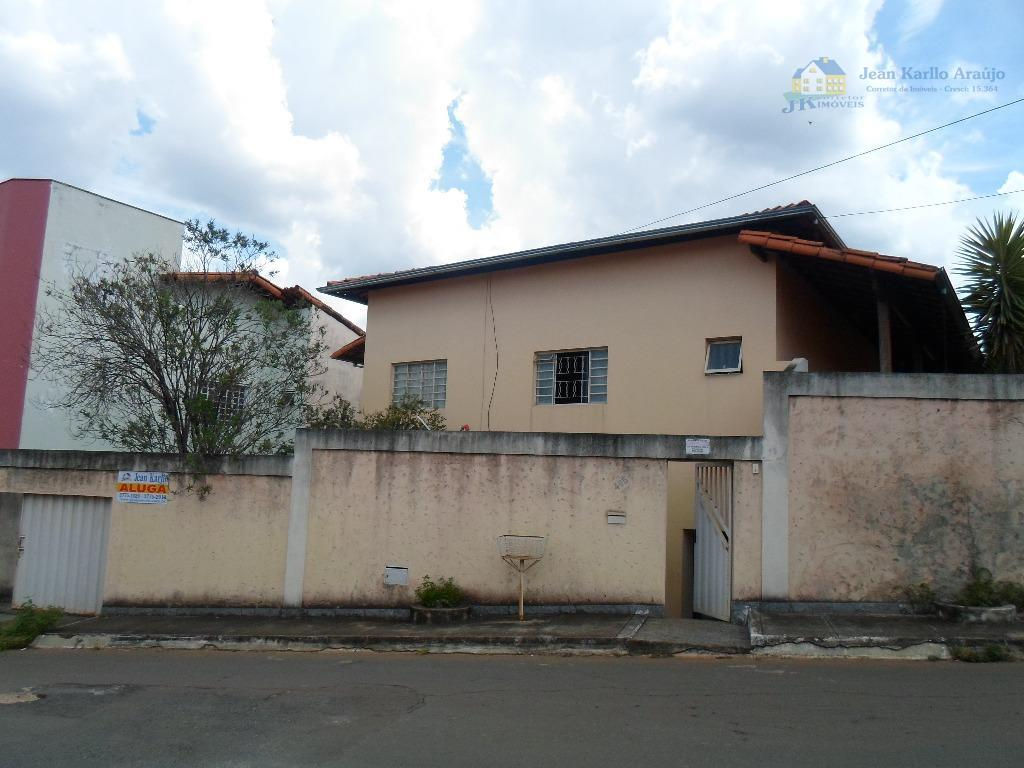 Casa residencial para locação, São Pedro, Sete Lagoas.