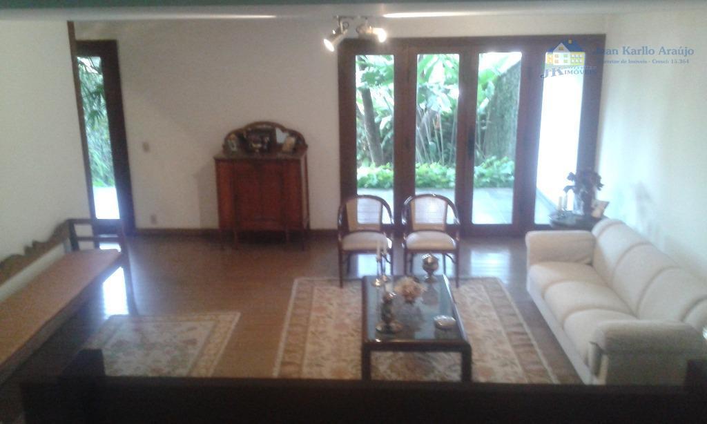 Casa residencial à venda, Centro, Sete Lagoas.