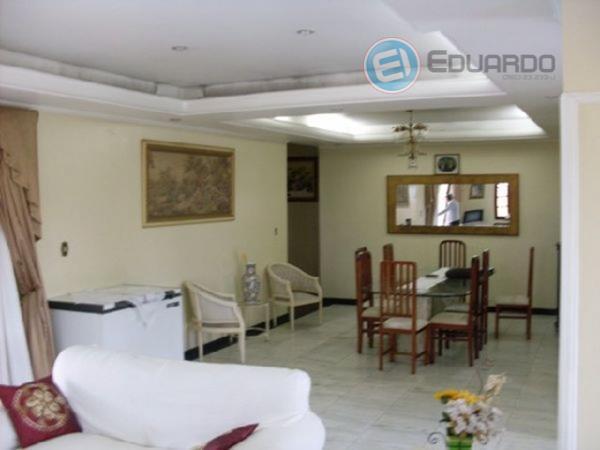 Casa residencial à venda, Vila Brás Cubas, Mogi das Cruzes - CA0232.