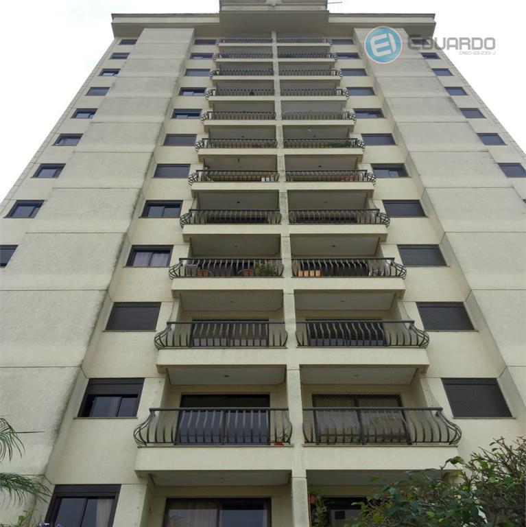 Apartamento  com sala ampliada e duas vagas na Vila Oliveira, Mogi das Cruzes.