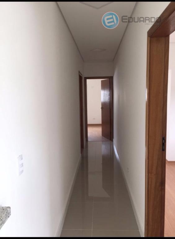 linda casa com 3 dorms, com 3 suítes, salas com 2 ambientes, sacada, varanda, vagas para...
