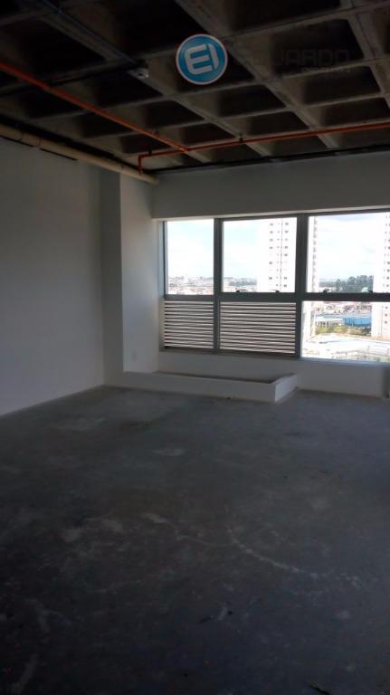 Sala comercial para locação, Vila Mogilar, Mogi das Cruzes.