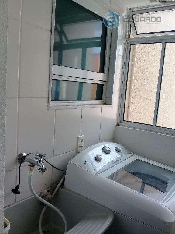 apartamento 2 dorms, sala, cozinha e área de serviço, com 1 vaga de garagem. ótima oportunidade...